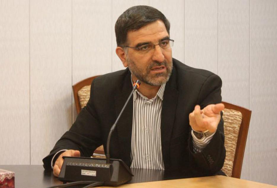 امیرآبادی فراهانی به خبرنگاران اطلاع داد؛ طرح سهمیه بندی بنزین به هر ایرانی اصلاح شد