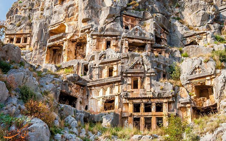 شهر باستانی میرا در ترکیه، سرزمین اسرارآمیز مردگان!