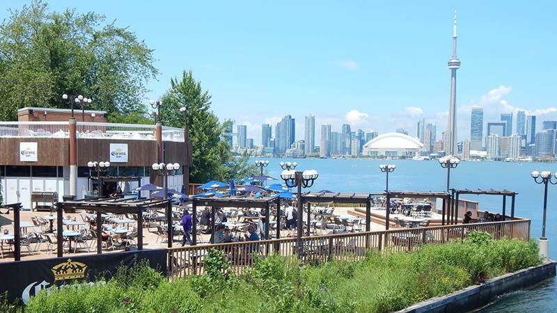 آشنایی با جاذبه های تفریحی تورنتو کانادا