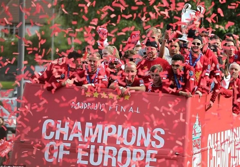 جشن قهرمانی لیگ قهرمانان اروپا در بندر لیورپول