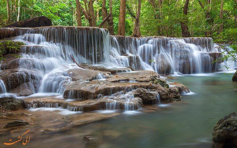 پارکی با آبشارهای هفت طبقه در تایلند