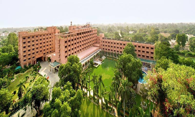 هتل کلارک شیراز هند