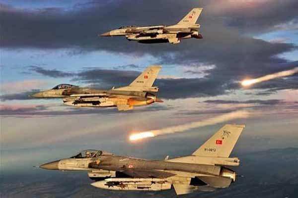 نبرد سنگین در راس العین، جنگنده های ترکیه در حال بمباران شهرهستند