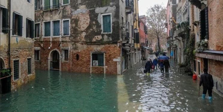 افزایش کم سابقه سطح آب در ونیز دو کشته برجای گذاشت