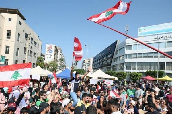 تاکید معترضان لبنانی بر ضرورت تشکیل دولت نجات ملی