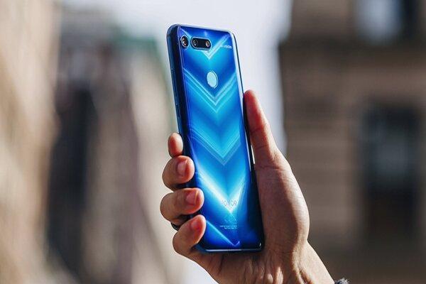 کرونا بارگیری محموله های موبایل چین را 30 درصد کاهش می دهد