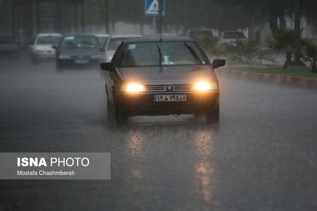 هرمزگان در حال آماده باش، باران بنادر مسافربری را تعطیل کرد
