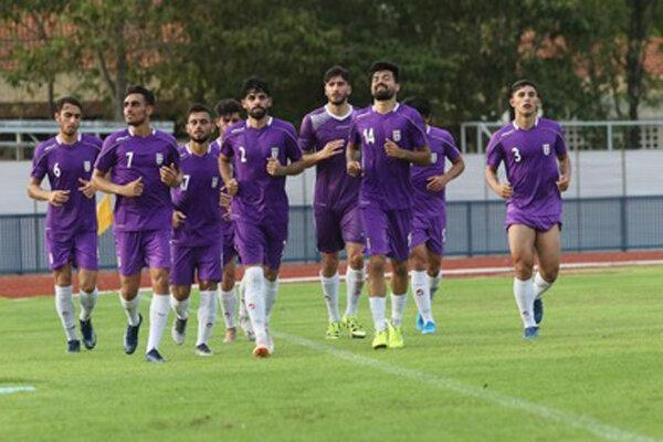 تمرین بازیکنان تیم فوتبال امید بعد از ملاقات با ازبکستان