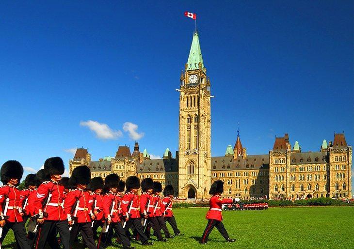 ساختمان های مجلس اتاوا کانادا را بشناسیم
