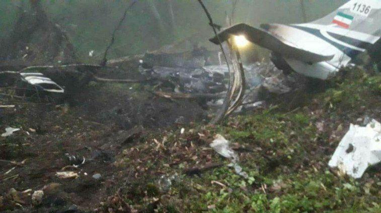 جزئیات سقوط هواپیمای پلیس در سلمانشهر ، سرنشینان به شهادت رسیدند