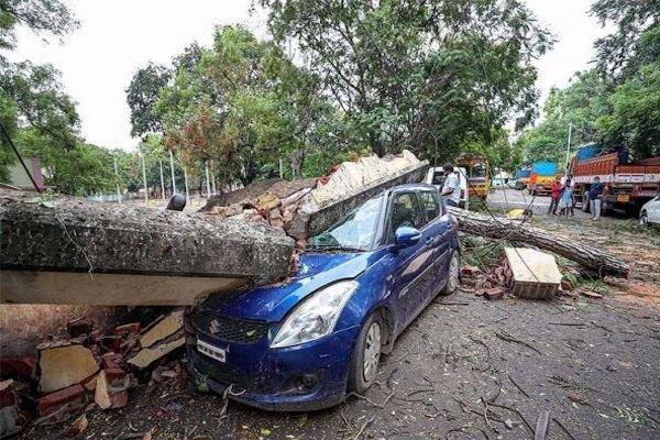 میلیون ها نفر در جهت طوفان شدید هند و بنگلادش