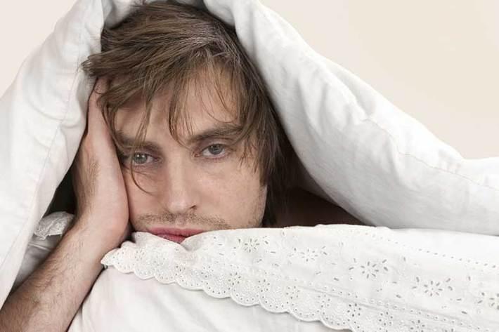 کم خوابی با افزایش خطر بروز بیماری های قلبی- عروقی همراه است