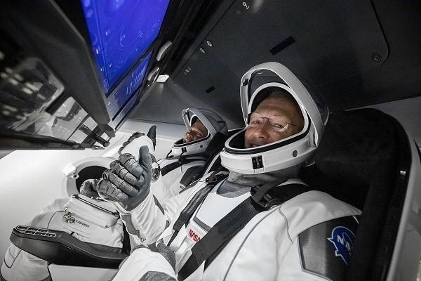 پرتاب فضانوردان دراگون به تاخیر افتاد