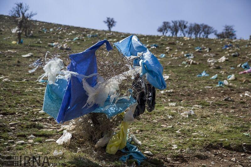 خبرنگاران لایحه اصلاح شده کاهش مصرف پلاستیک هفته آینده به دولت ارسال می شود