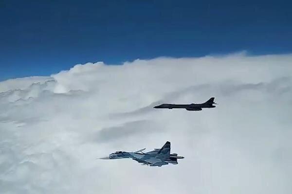 رهگیری بمب افکن های آمریکایی توسط روسیه