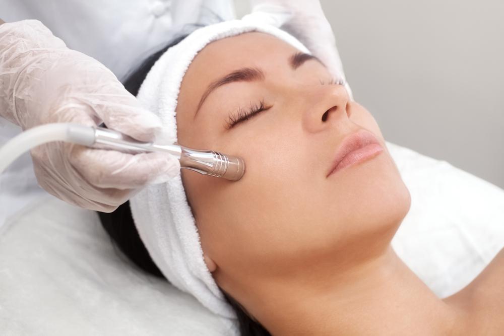 درمال اینفیوژن چیست و چه فوایدی برای پوست دارد؟
