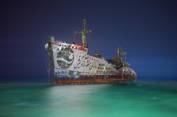 کشتی یونانی کیش از جاذبه های کهن کیش