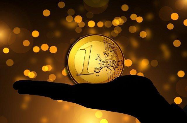 دلار عقب کشید ، کانال شکنی جدید یورو