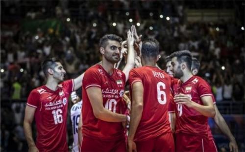 ستاره تیم ملی ایران رسما به سپاهان پیوست