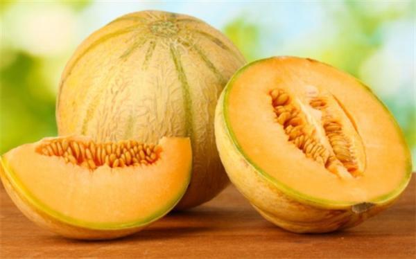 میوه درمان کننده کم خونی