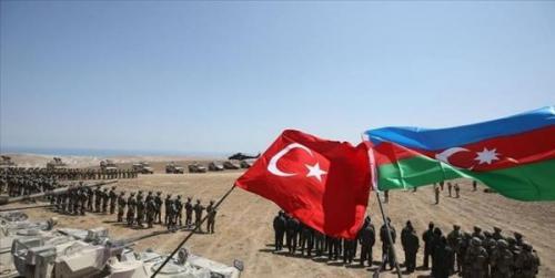وزیر دفاع جمهوری آذربایجان: ترکیه یکی از قوی ترین ارتش های دنیا را دارد